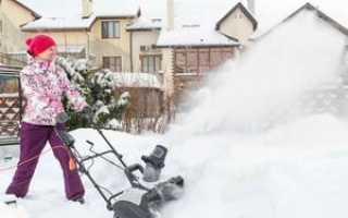 Снегоуборочная техника для дачи при уборке сугробов